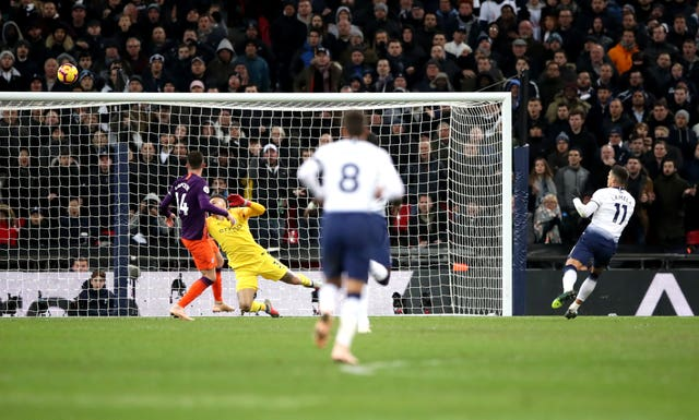 Tottenham Hotspur 0-1 Manchester City: Manchester City back on top of Premier League after win at Tottenham