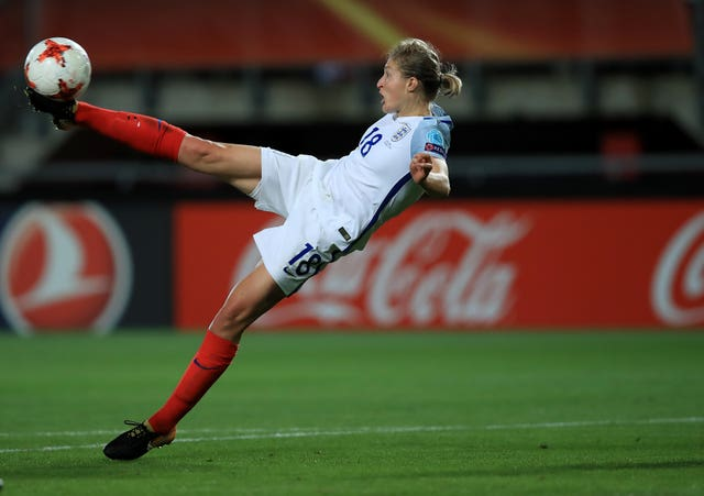 Ellen White brace earns England women draw against Germany