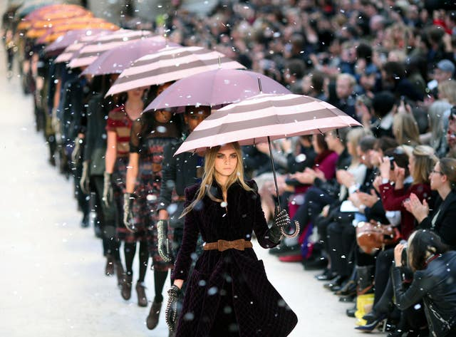 Burberry Prorsum Catwalk – London Fashion Week
