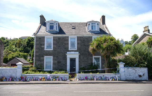 Floral tributes on Bute