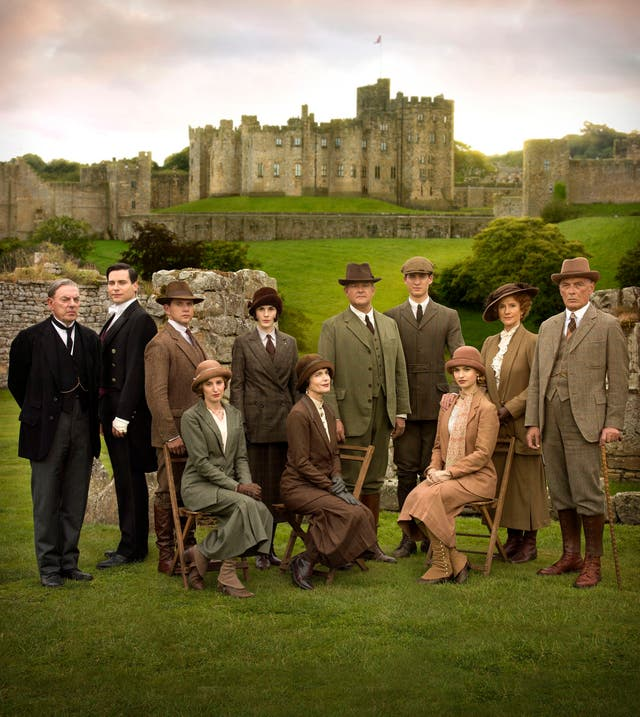 Tuesday June 2 Undated handout photo issued by ITV of the cast for Downton Abbey which has been voted last year's best TV drama programme by members of Voice of the Listener & Viewer (VLV), a consumer group which champions public service broadcasting.