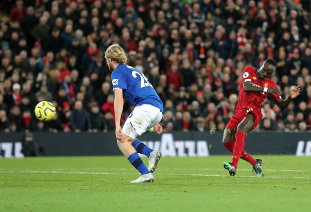 Divock Origi double leaves Everton boss Marco Silva on the brink
