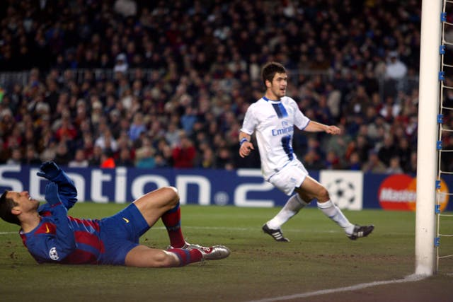 Soccer – UEFA Champions League – Round of 16 – First Leg – Barcelona v Chelsea – Nou Camp