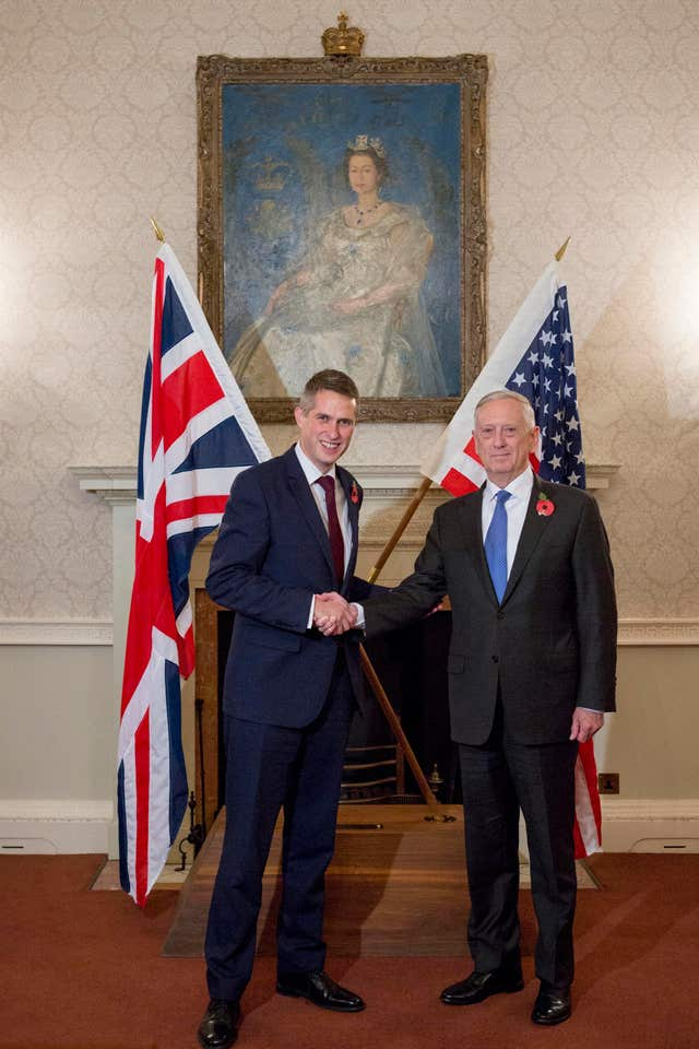 Defence Secretary Gavin Williamson and US counterpart Jim Mattis (Rick Findler/PA)