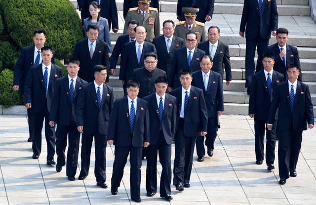 Kim Jong Un was completely surrounded by his security guards (Korea Summit Press Pool via AP)