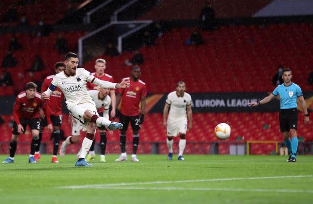 Lorenzo Pellegrini draws Roma level at 1-1