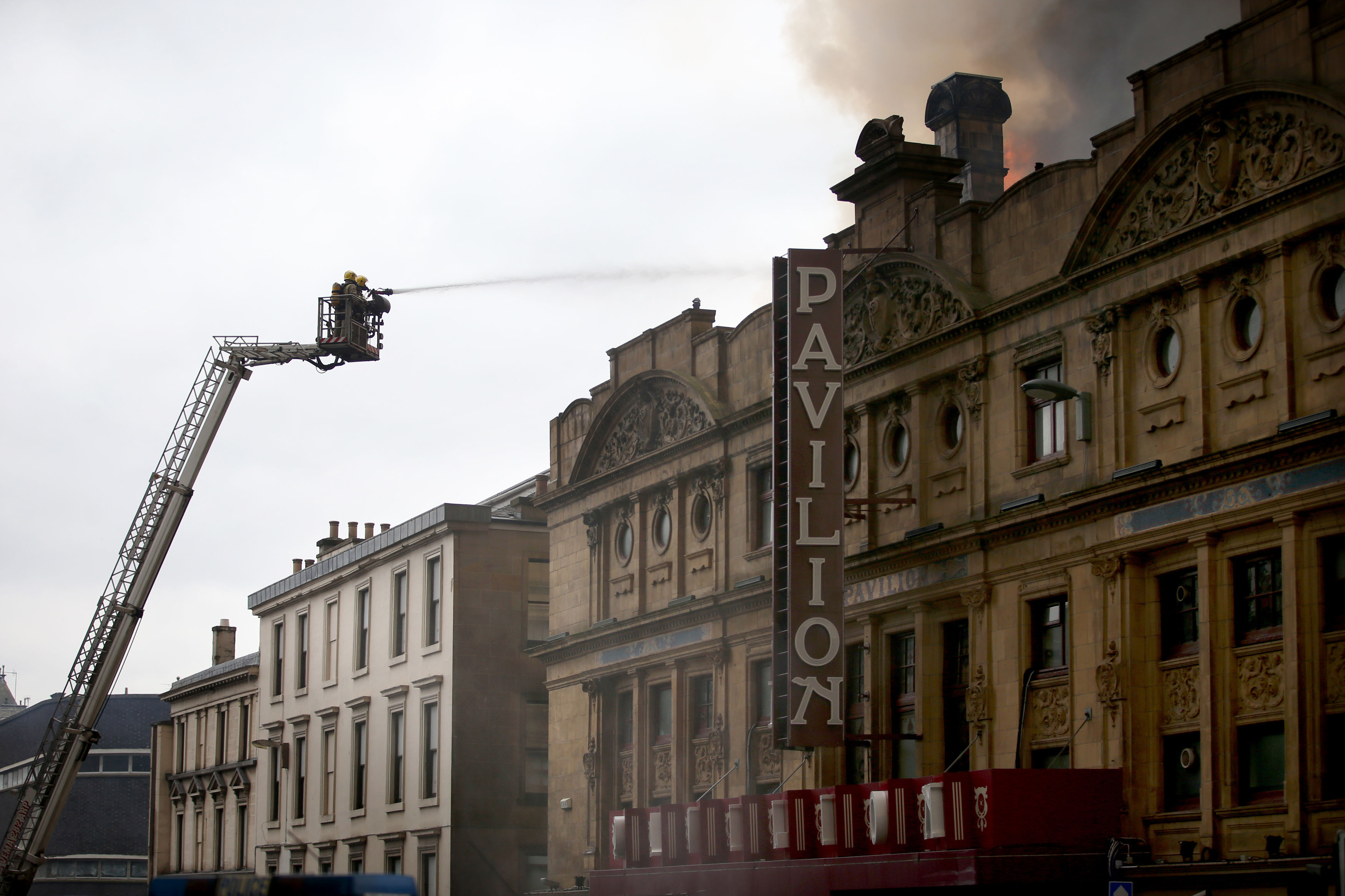 Firefighters continue to tackle nightclub blaze in Glasgow