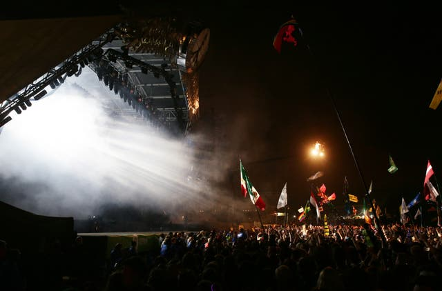 Glastonbury Festival 2015 – Day 2
