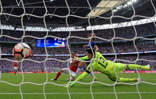 Aaron Ramsey scores Arsenal's winner in their 2-1 victory against Chelsea in the 2017 FA Cup final