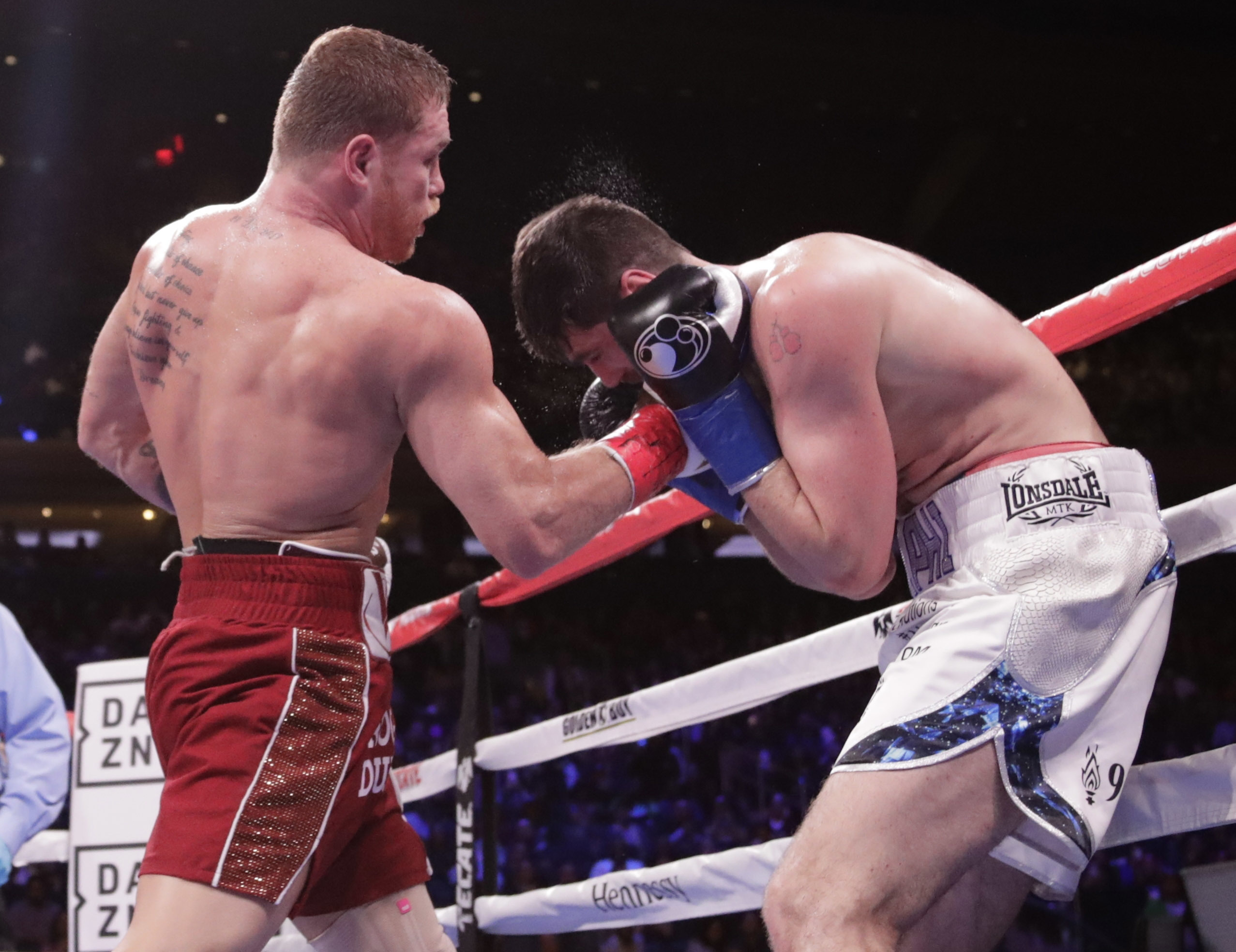 Canelo makes short work of Fielding