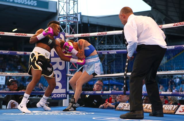 Nicola Adams (left) was a comfortable winner