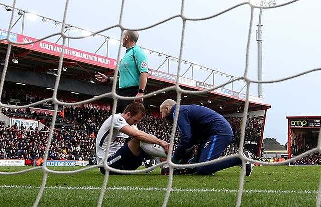 Harry Kane sustained an injury after a clash with Bournemouth goalkeeper Asmir Begovic
