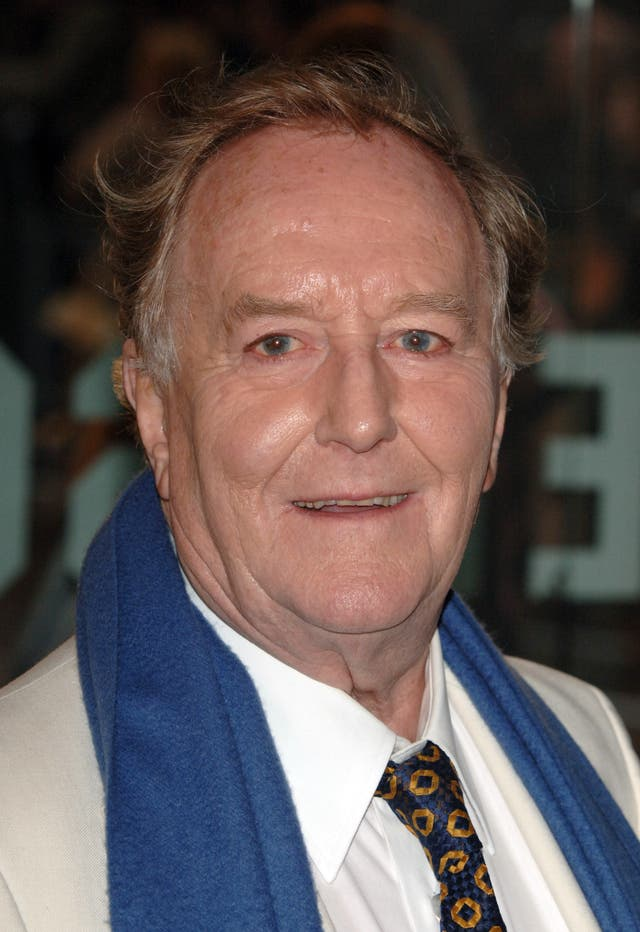 Robert Hardy death