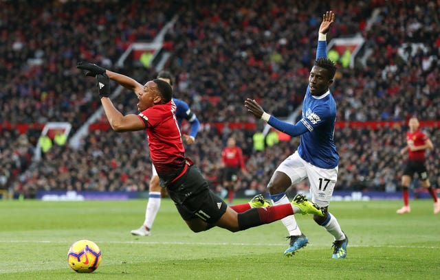 Manchester United 2 - 1 Everton: Pogba and Martial fire Manchester United to victory over in-form Everton