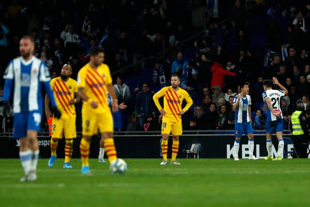 Espanyol hold 10-man Barcelona to derby draw after late leveller