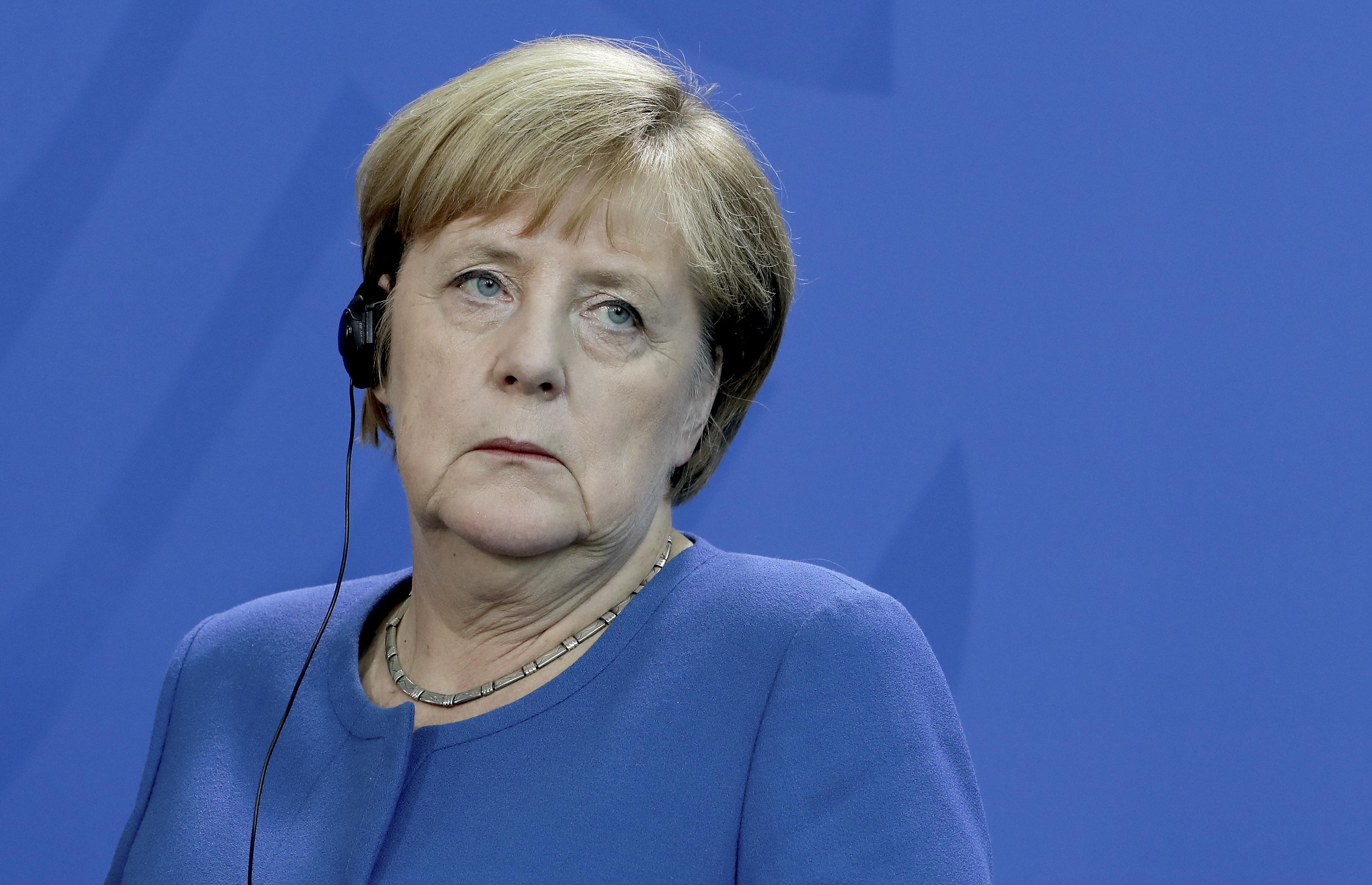 EU Parliament's Brexit chief slams no-deal aim