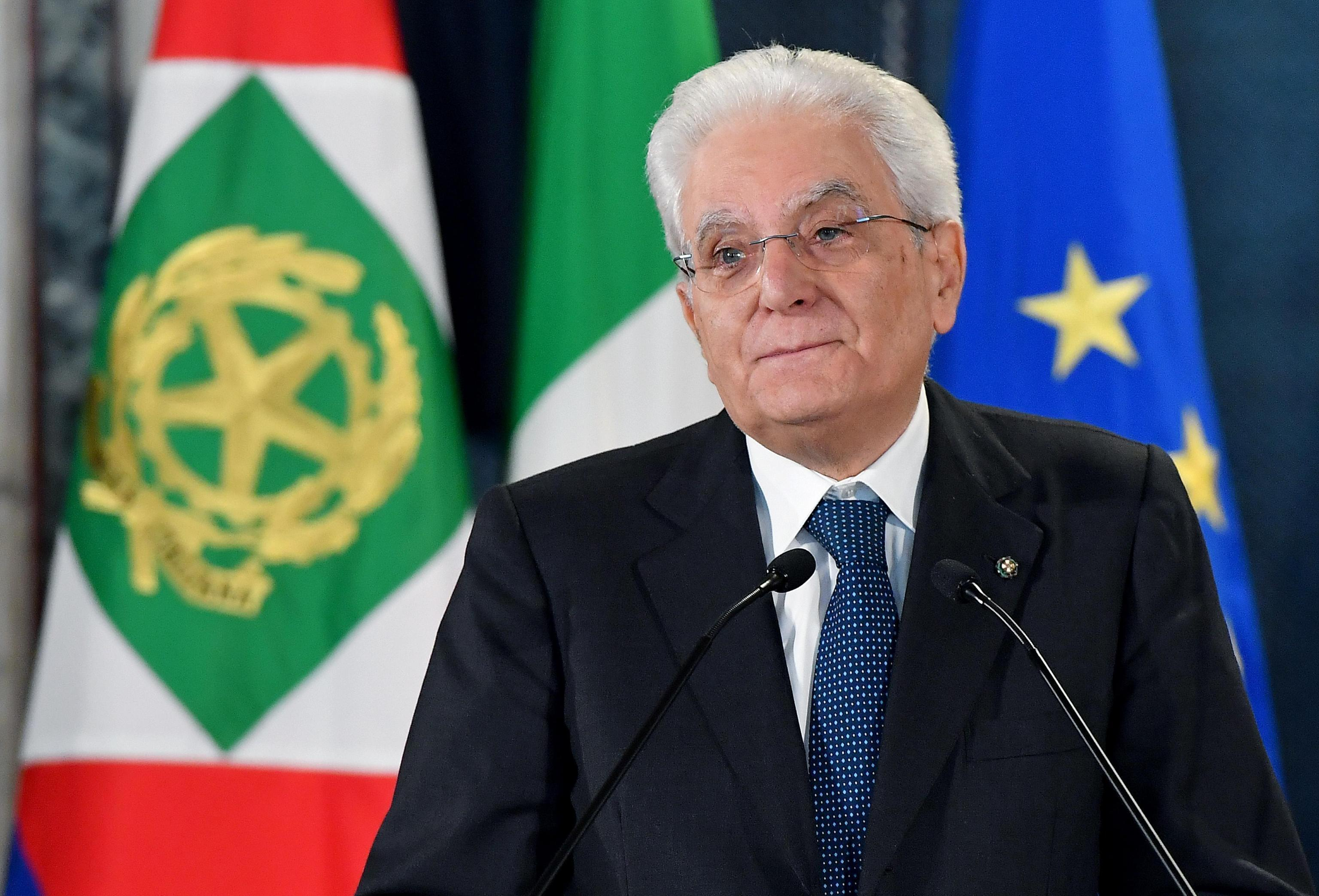 Italy's populists seek deal that will lead to clash with EU