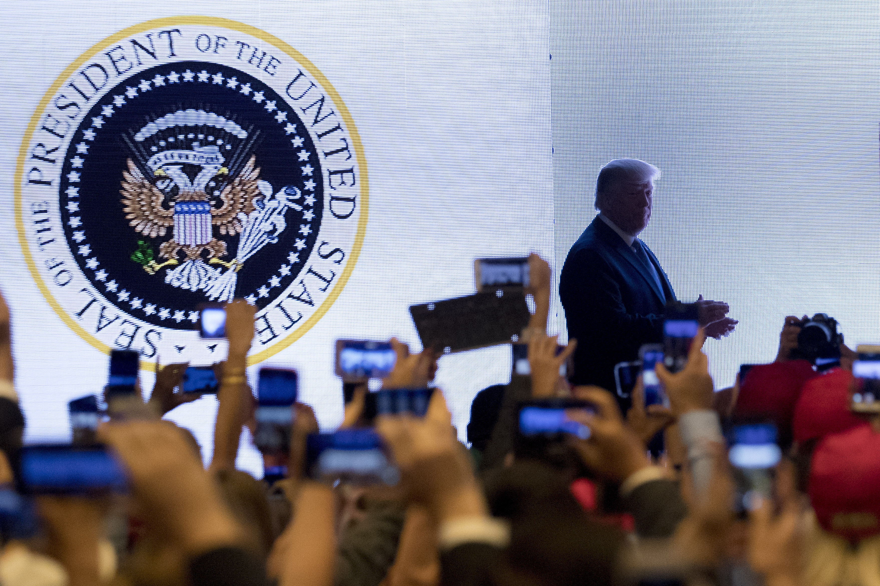 Someone Doctored The Presidential Seal Behind Trump And He Didn't Notice