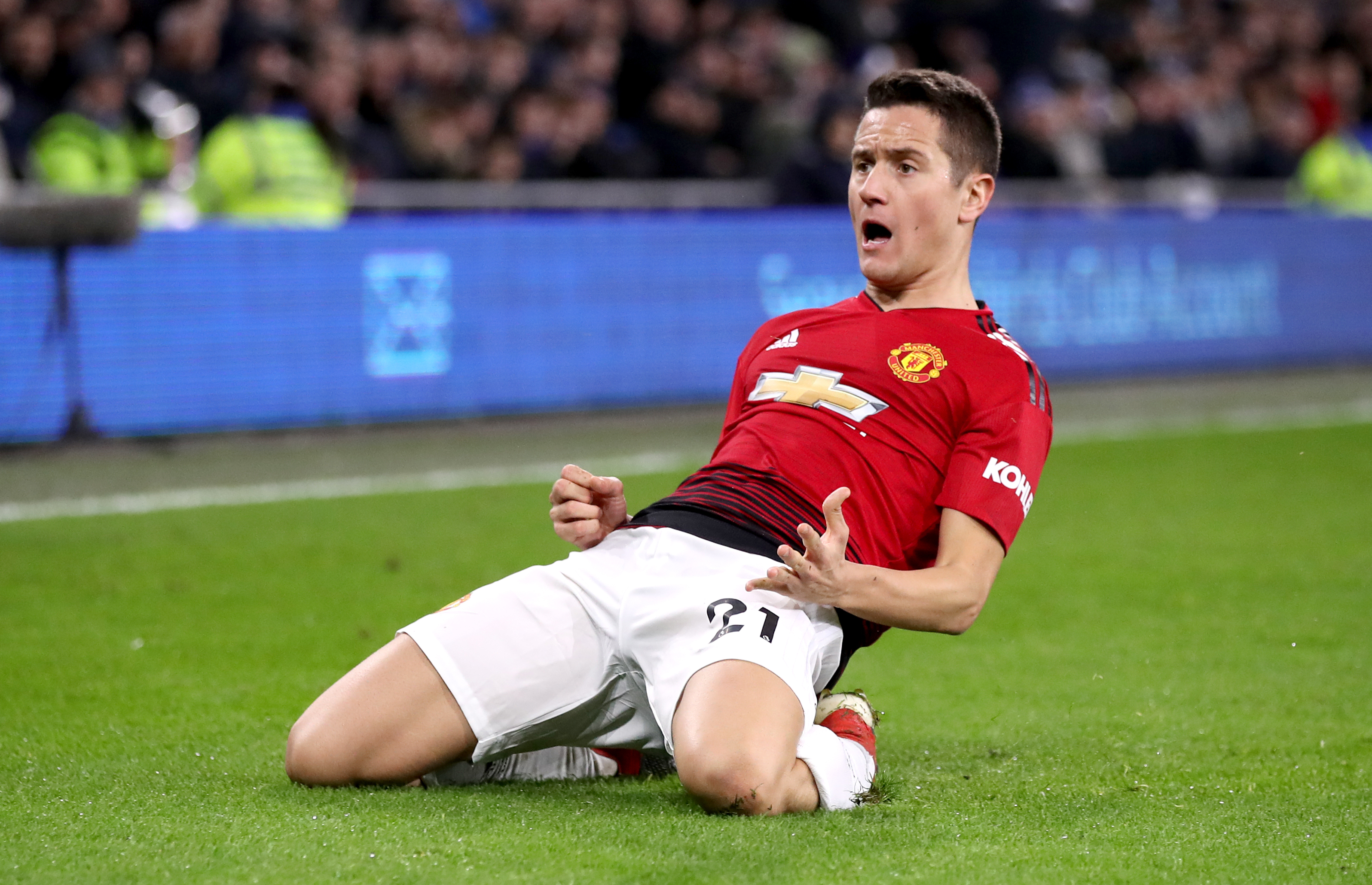 Manchester United's Herrera confirms departure from club
