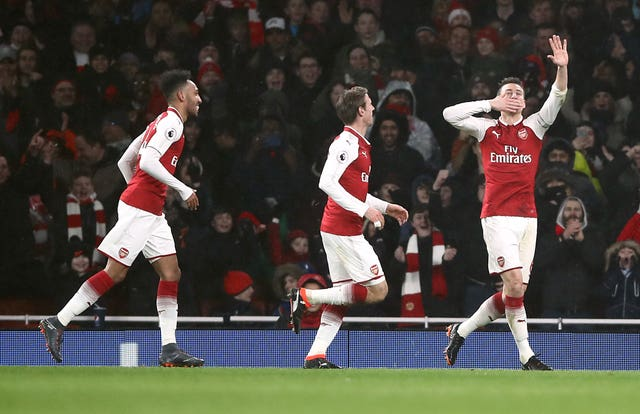 Arsenal impressed with a 5-1 win over Everton as Aubameyang & Mkhitaryan made their full debuts.