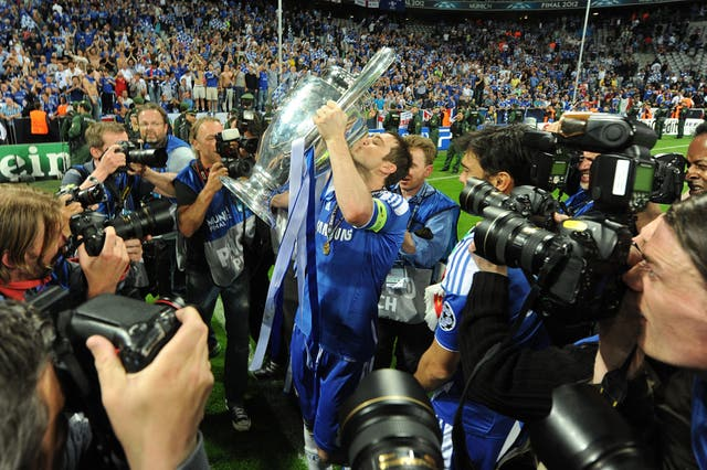 Chelsea's Frank Lampard celebrates winning the UEFA Champions League
