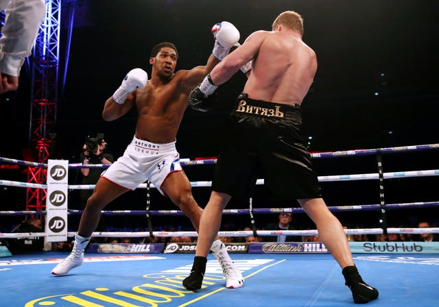 Alexander Povetkin made the better start to the fight