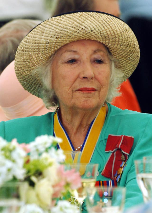 DAME VERA LYNN AT 90 World War II 60th Anniversary