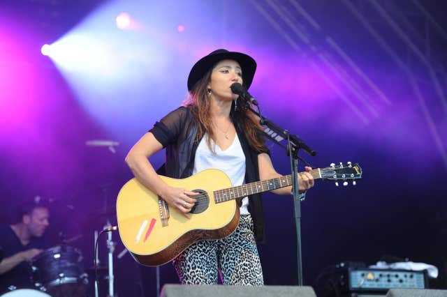 KT Tunstall playing at Splendour Festival in 2013