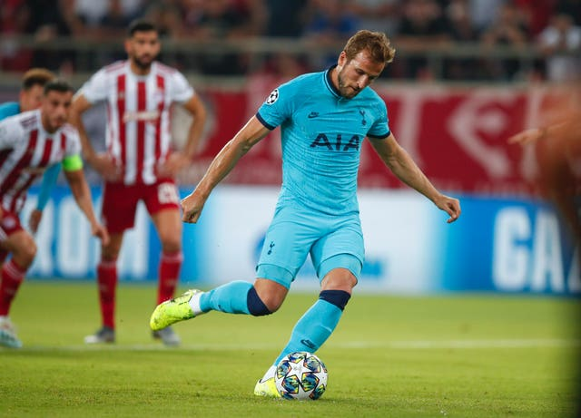 Tottenham blow two-goal lead in Greece to draw with Olympiacos