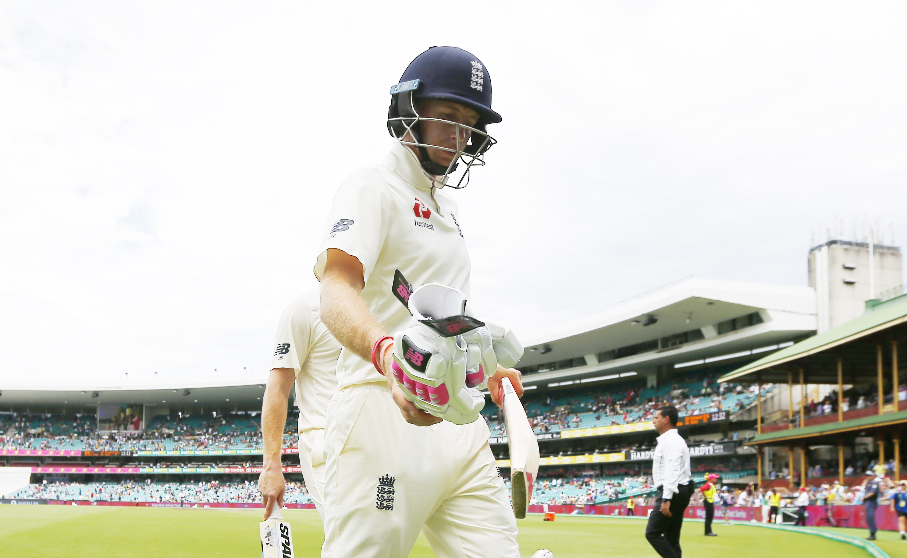 Rain delays start of fourth South Africa-England Test in Johannesburg