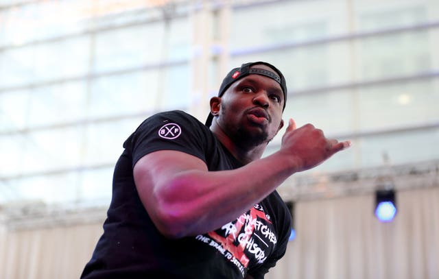 Dillian Whyte and Derek Chisora Public workout – Canary Wharf