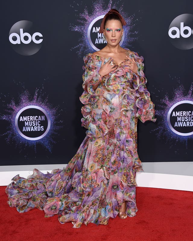 2019 American Music Awards – Arrivals