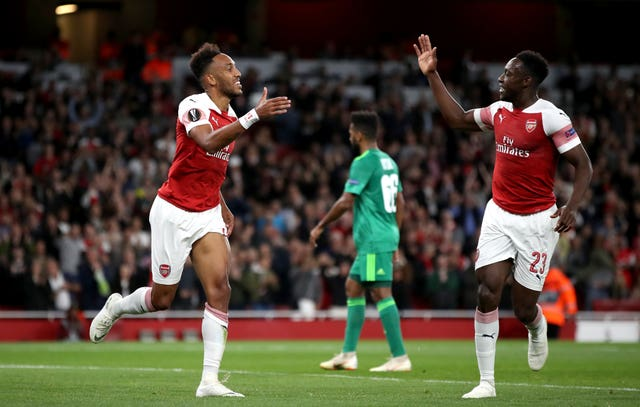 Pierre-Emerick Aubameyang and Danny Welbeck both scored as Arsenal eased to victory over Vorskla.