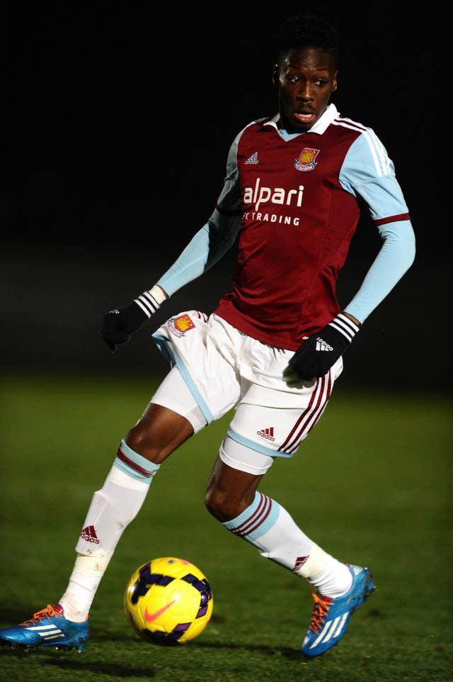 Soccer – Barclays U21 Premier League – West Ham United v West Bromwich Albion – Crawl Inexperienced Stadium