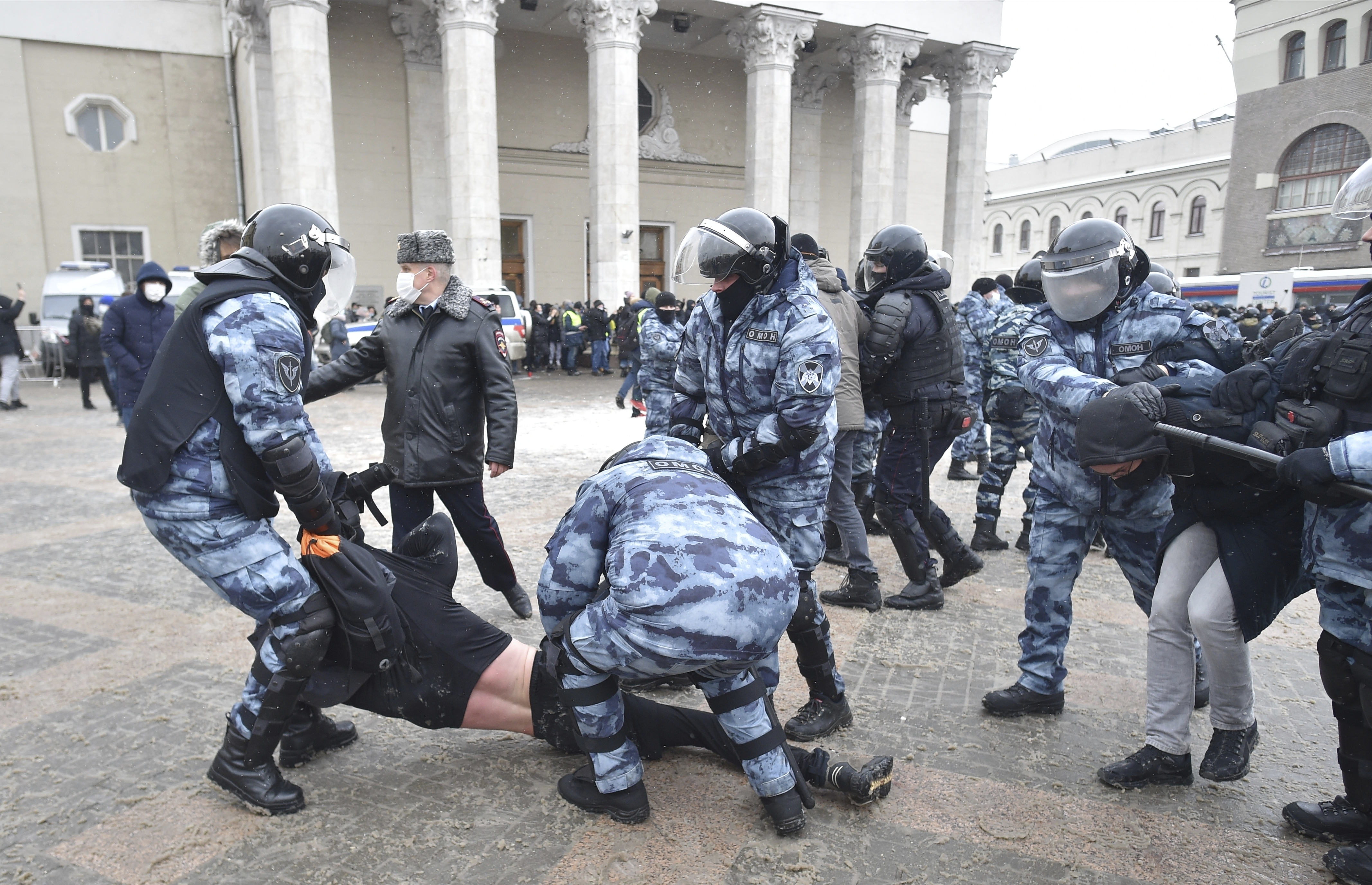 Kremlin to disregard United States  comments on unauthorized protests in Russian Federation