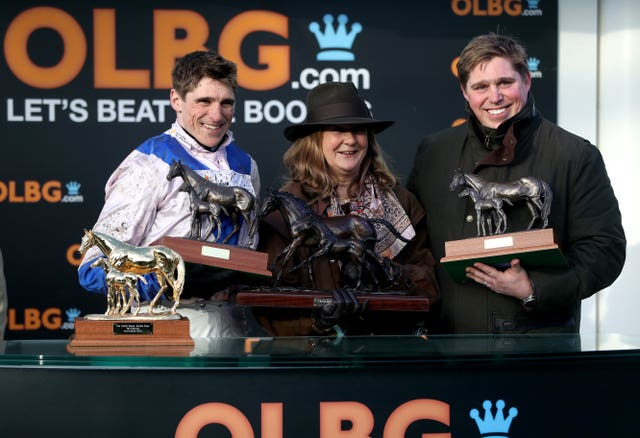 Roksana's victory was a family affair for the Skelton brothers