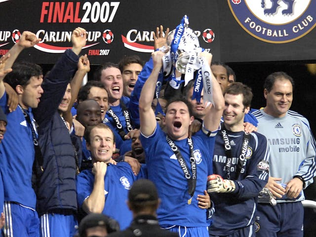 Frank Lampard lifted the League Cup in 2007 after Chelsea's win against Arsenal in the final