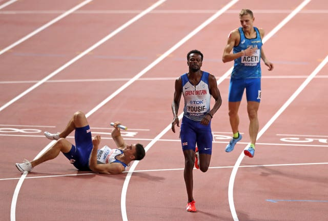 A dropped baton dashed Great Britain's hopes of finishing the World Championships with another relay medal.