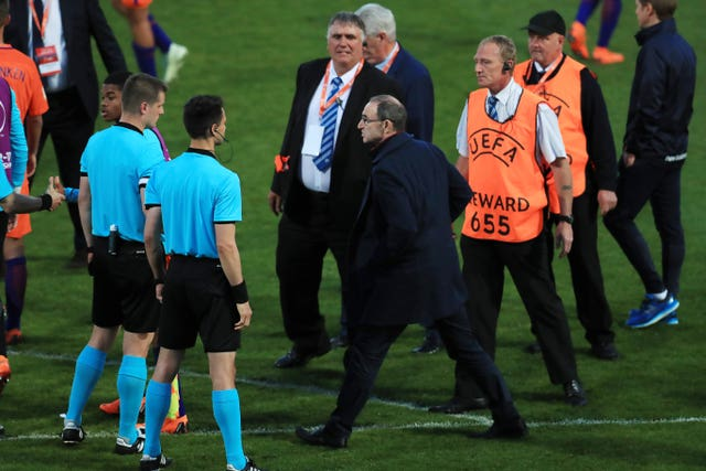 Republic of Ireland's senior team manager Martin O'Neill confronts the referee