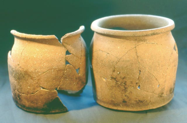 Cooking pots found at West Cotton in Northamptonshire