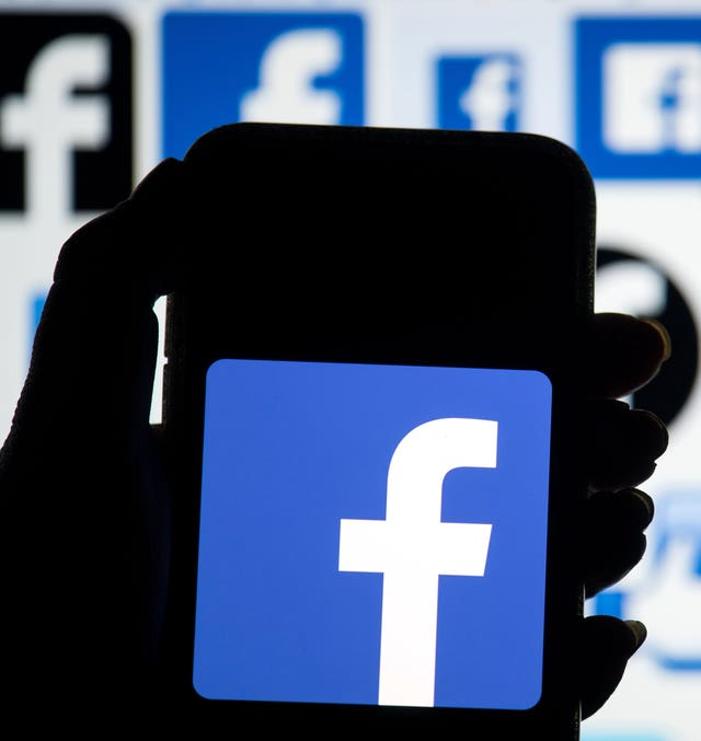 Facebook message encryption fears