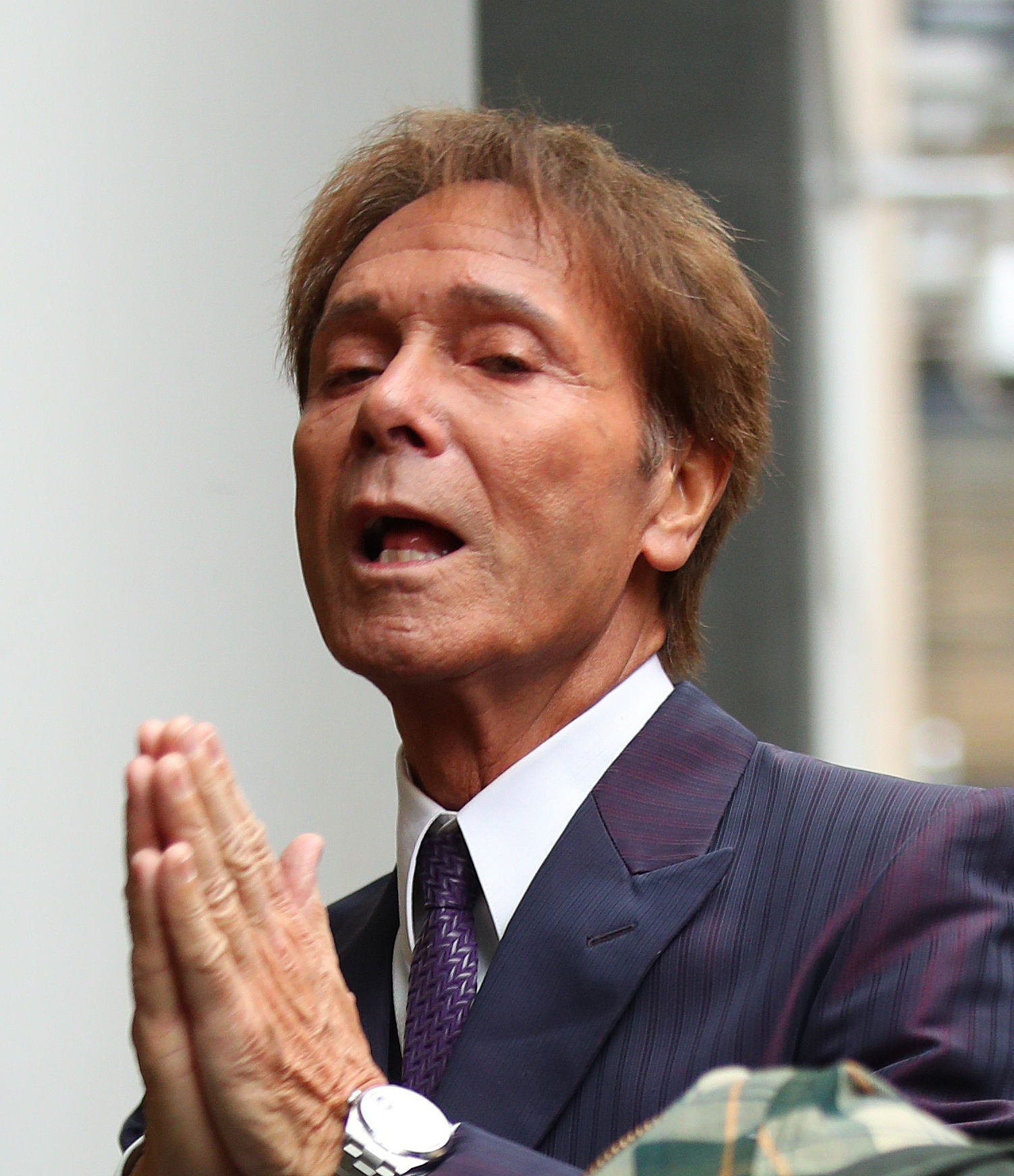 Sir Cliff Richard to give evidence in BBC High Court trial