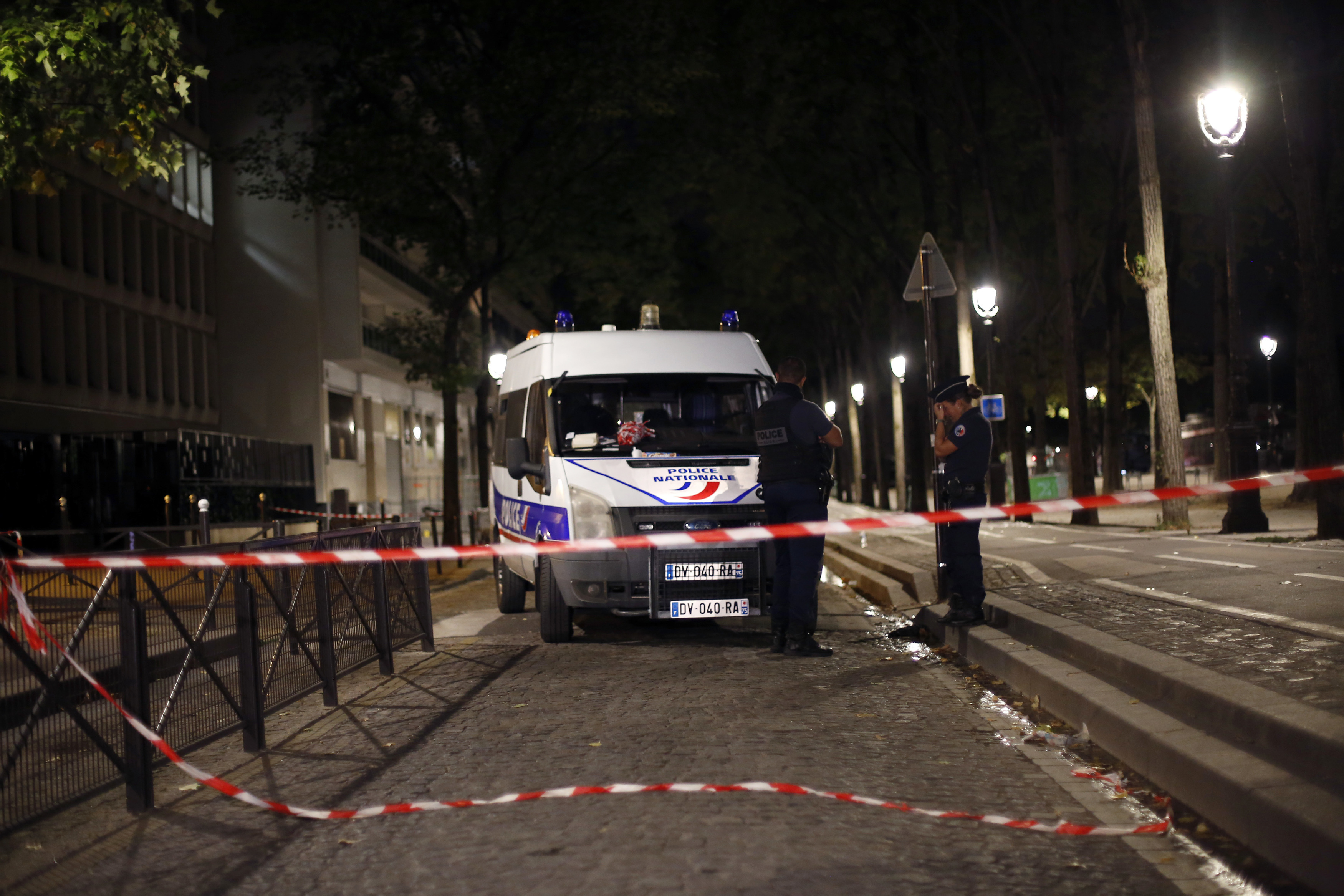 Two British tourists among seven people injured in Paris knife attack