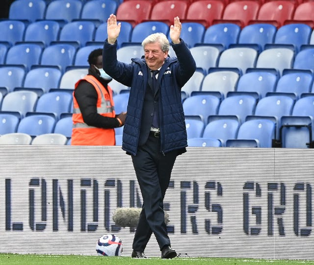 Crystal Palace 1 - 3 Arsenal: Arsenal ruin Roy Hodgson's Selhurst Park farewell with two late goals