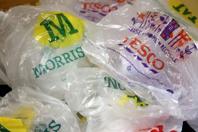 5p charge for supermarket carrier bags