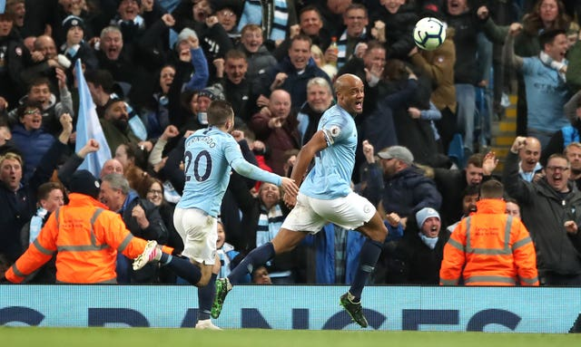 Vincent Kompany scored an incredible goal against Leicester