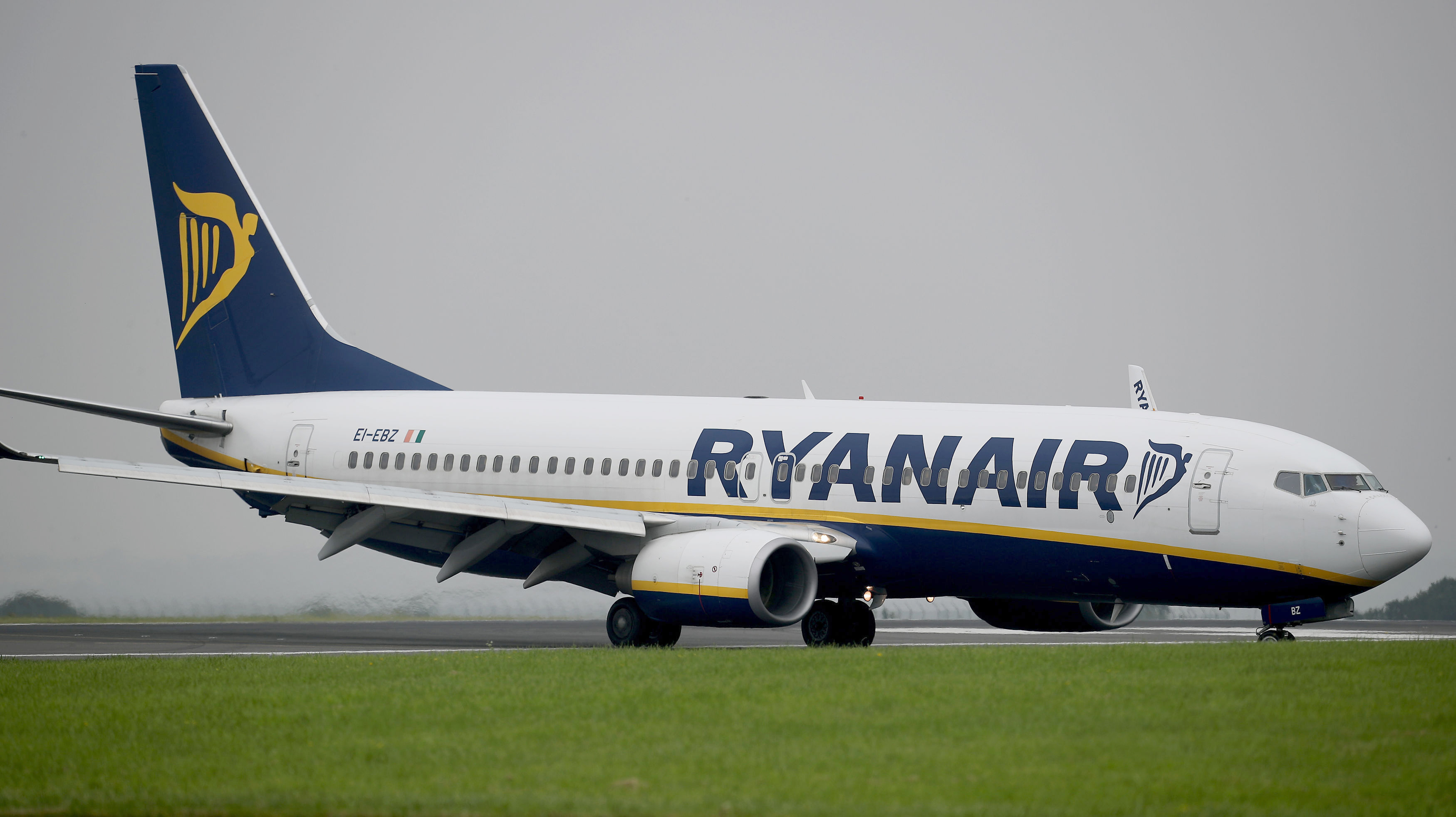 RyanAir 'Racist' Insists He's Not Racist As He Apologises To Victim