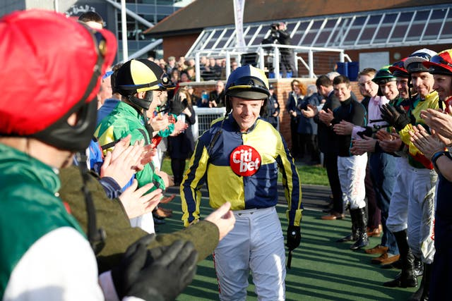 Noel Fehily was given a great ovation by his weighing room colleagues