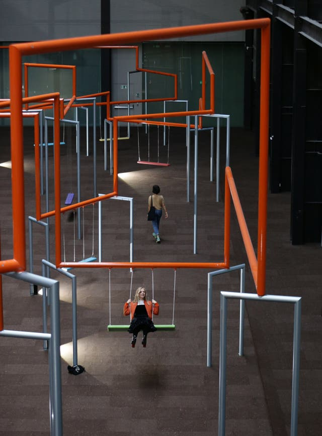A New Exhibit Has Turned The Tate Modern S Turbine Hall