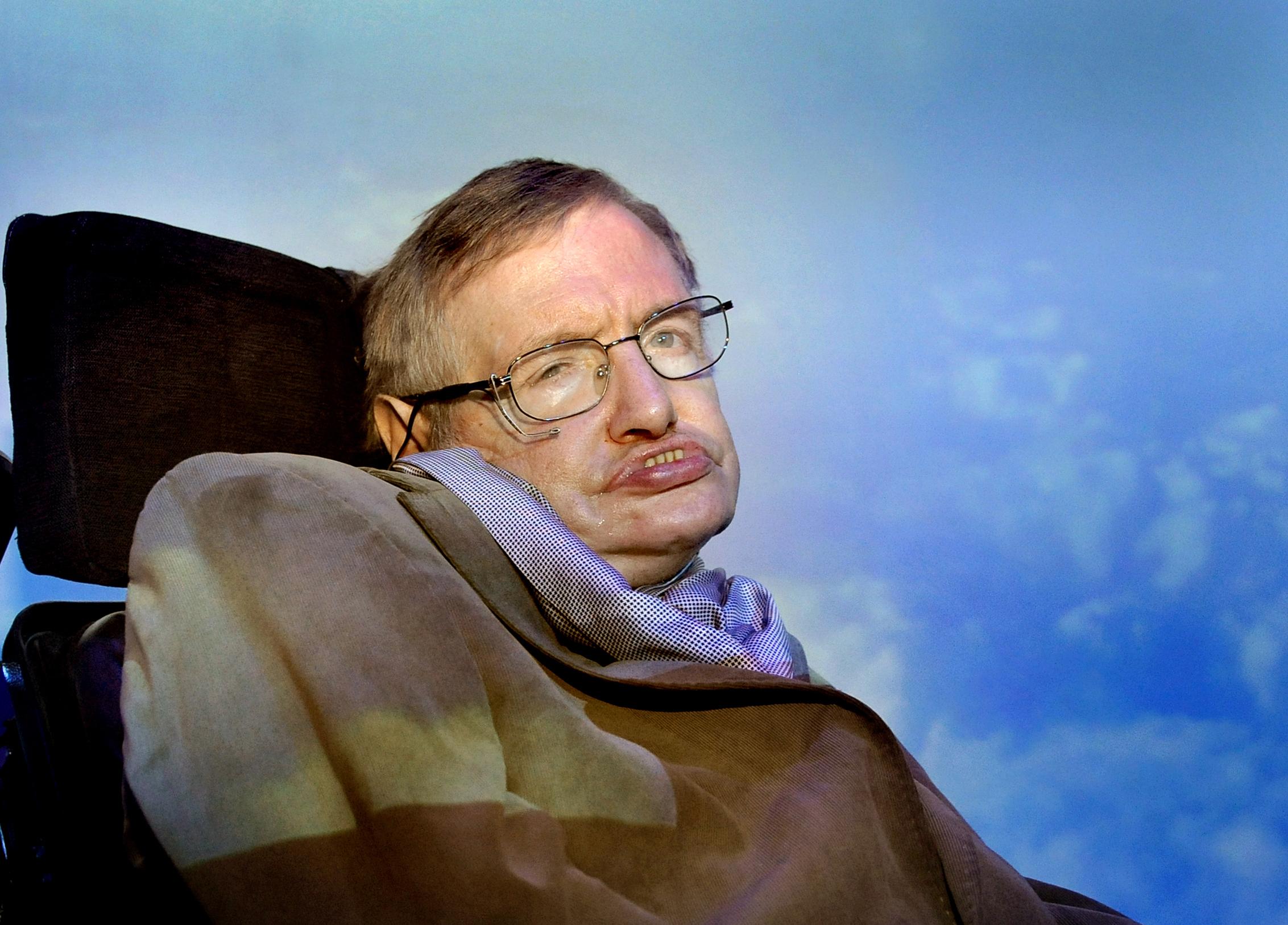 Stephen Hawking attends exhibition
